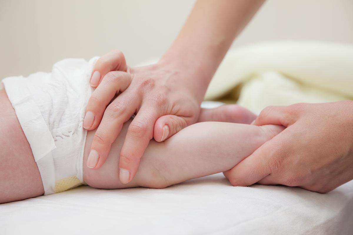 Детский массаж ног и стоп