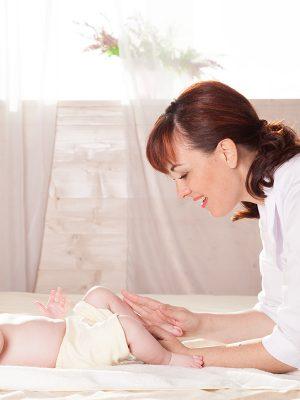 Сколько делать массаж грудным детям